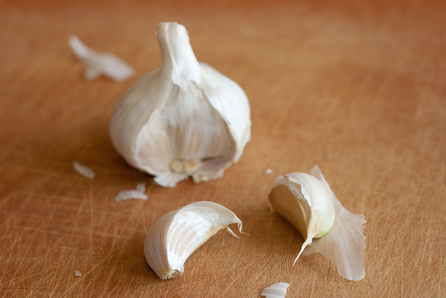 garlic bulb cloves susan cardamom kitchen