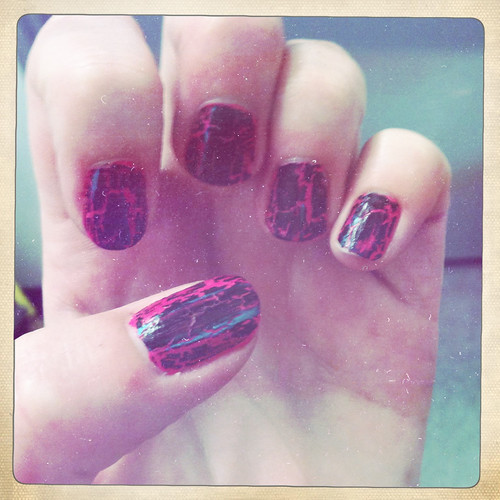 pink and black crackle nails by ceck0face