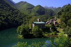 Lonely village (annalisabianchetti) Tags: village tuscany toscana alpiapuane villaggio alpsapuan