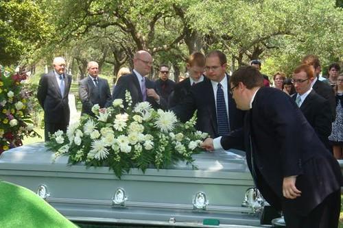 Ellen Funeral 7.8.11 009