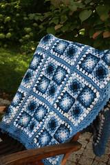 Blue Granny blanket (Veracrochet) Tags: crochet blanket granny
