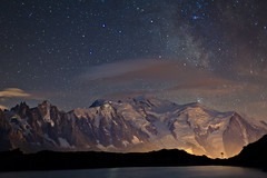 Mont-Blanc Nuit 1 - Chserys (Gimpz) Tags: sky mountains alps alpes landscape skies outdoor altitude 5d paysage moutains montblanc montagnes massif mark2 chserys