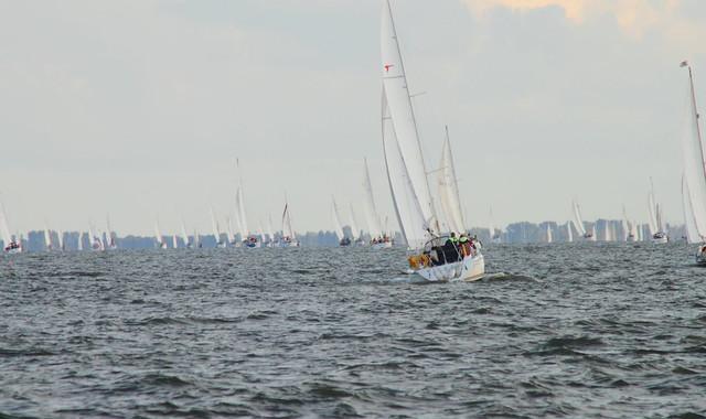Sailing_ijselmeer2