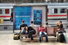 Schn wach bleiben! (gatierf) Tags: bahnhof menschen werbung bahnsteig thriller warten reisende frankfurtam