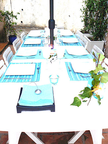 table chez val.jpg