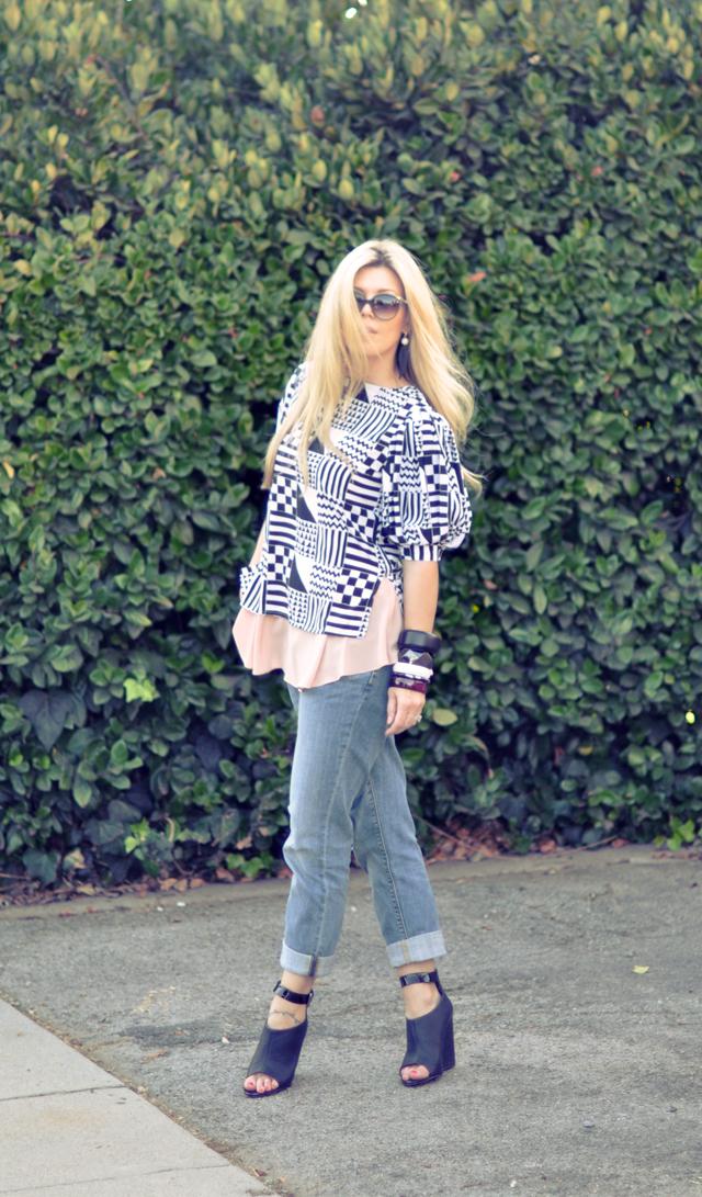 Geometric print blouse     +   boyfriend jeans