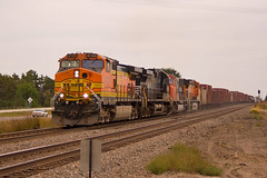 BNSF 4725 West of Clear Lake (look4trains) Tags: manifest mullered mixedpower
