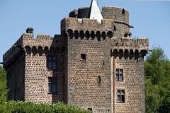 2011_08_28_0305 (Olivier_1954) Tags: chateau dauphin auvergne puydedome pontgibaud