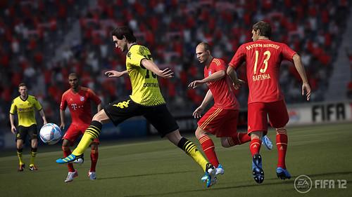 fifa12_hummels_action_wm