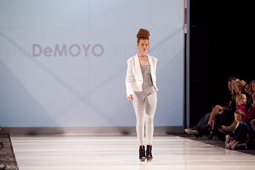 Ottawa Fashion Week 2011 - DeMoyo