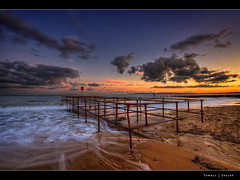 32.2011 - MetalThingSunset (Pawel Tomaszewicz) Tags: sunset sea wallpaper england sky beach water colors beautiful clouds photoshop sunrise canon eos sand europe waves image wide picture wideangle ps dorset bournemouth dri hdr poole hdri iphone pawel boscombe ipad chmury 3xp photomatix eos400d wymouth 1200x800 tomaszewicz paweltomaszewicz