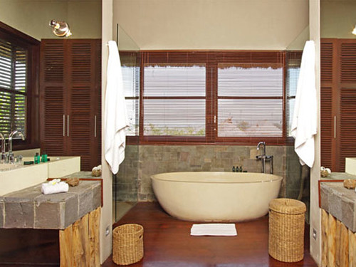 villa-melissa-upstair-bathroom