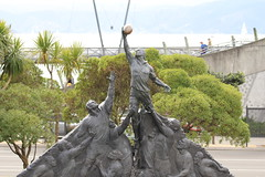 Rugby World Cup 2011 Sculpture - Spirit Of Rugby (DigitalBreak) Tags: rugby wellington sculptures rwc wetacave rwc2011 yahoo:yourpictures=sculpture yahoo:yourpictures=rugbyfans