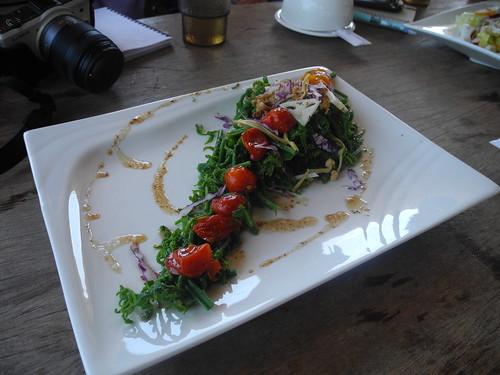 陳耀宗的料理號稱阿美族的懷石料理。