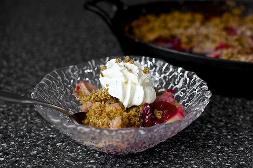 pear cranberry and gingersnap crumble | smitten kitchen