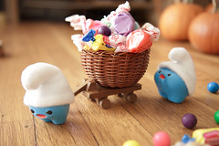 Happy Halloween! (Inhae Lee) Tags: halloween smurf ickle handmadetoys polymerclayfigurines lardee mymilktoof