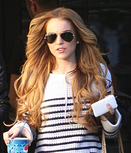 Lindsay+Lohan+Goes+Hair+Salon+3mVANbGJ0Dsl