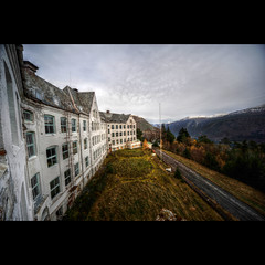 Abandoned Sanatorium (geirkristiansen.net.) Tags: old urban mountain snow abandoned window norway forest hospital norge scenery view decay exploring hill scenic cablecar fjord sanatorium hdr dilapidated trespassing fjell mental sykehus institution urbex tuberculosis noruego fjellet asyl taubane forfall steder sigma1224mmf4556 nedlagt forlatte harastlen forlattesteder