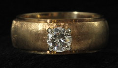 4064. 14KT Diamond Band Ring