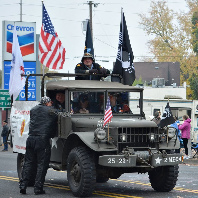 DSC_0144p_veterans_day_parade