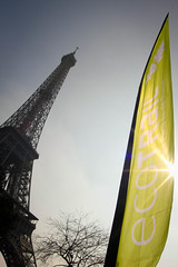 Eiffel Tower and Eco-Trail Banner