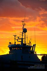 sunset shs_n3_073038 (Stefnisson) Tags: boat iceland fishing ship sundown aerial skip antenna sland antennae antennas btur sk slarlag slsetur br sandgeri fiskiskip loftnet stefnisson