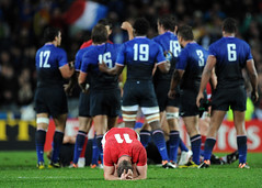 Shane Williams dejected 15/10/2011