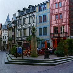 Monet en Rouen (Manuel Gayoso) Tags: textura rouen francia claudemonet impresionistas cruzadasi plazamonet