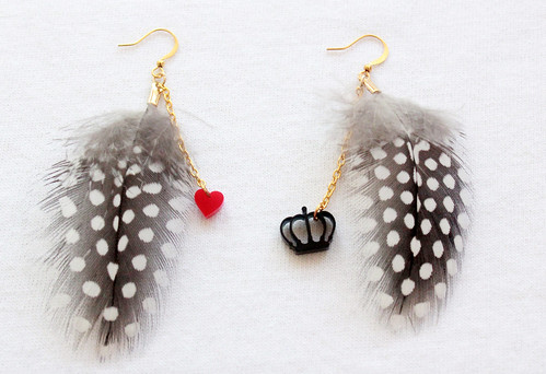 Queens Of Sounds Jewellery - Queens Of Sounds Jewelry - QOS Feather Dots pierce