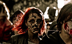 IMG_3481 (Meian') Tags: paris walking dead death blood zombie walk mort makeup gore rotten sang maquillage pourri meian 2011 putrefi putrify