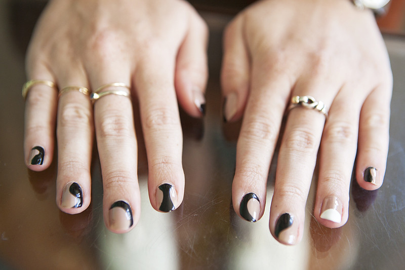 The Glamorous Amazing black and gold nail designs Image