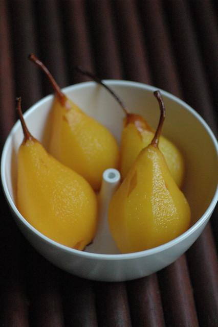 pere allo zafferano e vaniglia