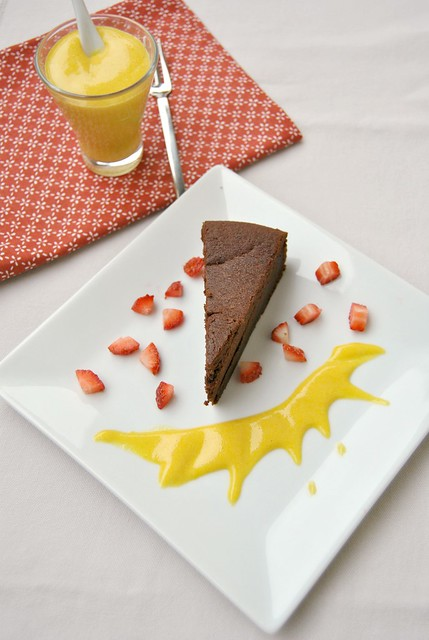 Chocolate Cake with Saffron