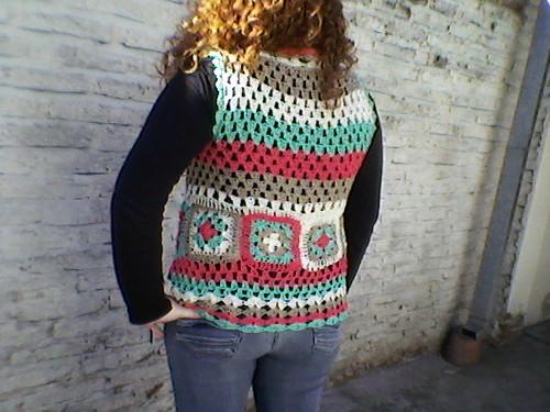 chaleco tejido con hilo de algodón de colores by tía chaly