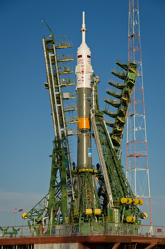 Expedition 29 Soyuz Rollout (201111110026HQ)