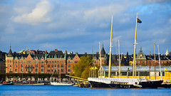 Strandvgen, Sailing Ship & Junibacken (nbcmeissner) Tags: sweden stockholm schweden sverige sailingship djurgrden junibacken stermalm strandvgen nikond7000