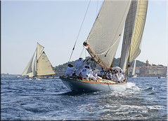 the Monaco-crew heading for Saint-Tropez (mhobl) Tags: sailing regatta segeln sainttropez tuiga tuigad3 pesao5 15mr