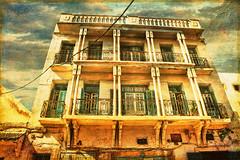Una fachada de Essaouira (osolev) Tags: city building casa decay edificio ciudad morocco maroc marruecos fachada essaouira textured abandono contrapicado esauira osolev