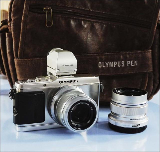 Olympus E-P3 45mm f/1.8