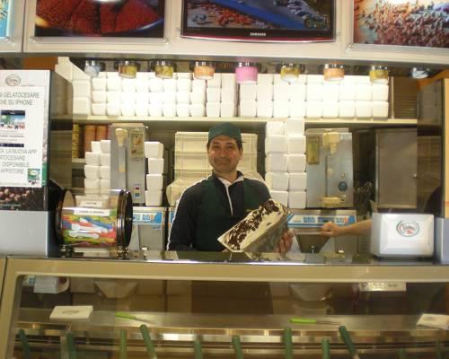 Gelato Cesare a Reggio Calabria, il gelato con amore da tre generazioni