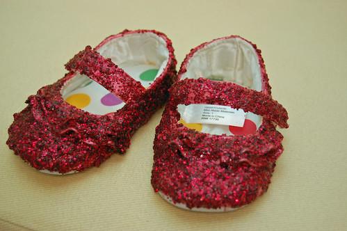 06 Glitter Shoes