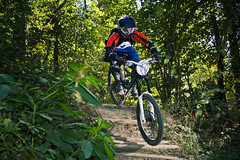 King of Chiesetta dh 2011 (Federico Ravassard) Tags: italy mountain bike canon torino hill down downhill biking maddalena turin freeride federico chiesetta sunpak 550d pz42x yongnuo ravassard yn560