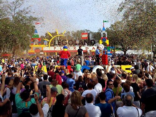 Legoland_Grand_Opening_Confetti