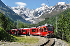 ABe 8/12 3511 RhB | Morteratsch - Bernina Suot 3.7.2011 (Richard Weber) Tags: train schweiz zug abe bahn 812 rhb bernina rhtische morteratsch vlak 3511 suot