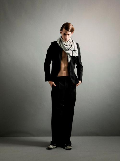 Lewis Grant3047_SS12 Tokyo THE RERACS(Fashion Press)