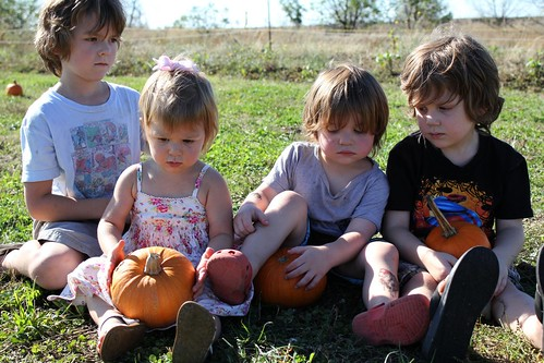 the kiddos with their pumpkins
