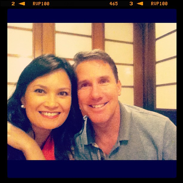 Dinner with Nicholas Sparks & National Book Store family. Nice to meet you @SparksNicholas