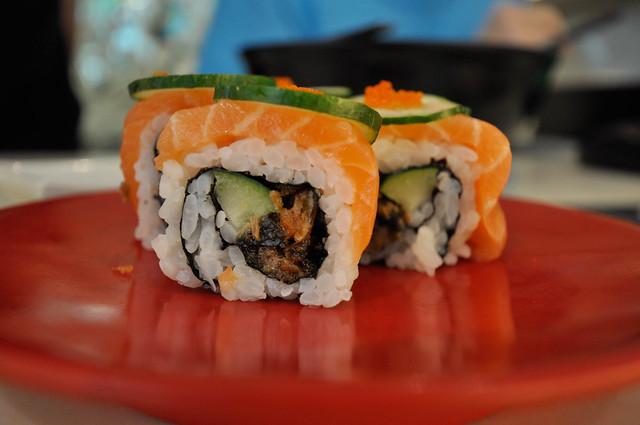 Salmon Ura Maki ...