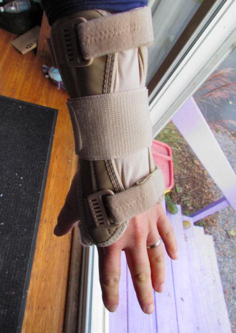 Wrist Hurt