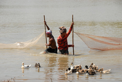 Men fishing, Bangladesh. Photo by WorldFish, 2007